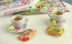 Dollhouse Miniature Mold Pop Tarts - 1/12 scale