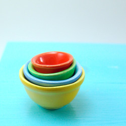 Dollhouse Miniature Nesting Bowls, Fiesta Set - 1/12 scale