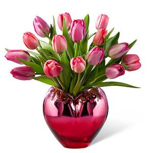 FTD Season of Love Tulip Bouquet - Deluxe
