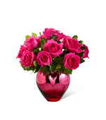 The FTD® Hold Me in Your Heart™ Rose Bouquet Premium