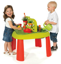 Smoby Gardening Play Table and kids