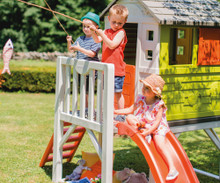 Smoby House on Stilts Childrens Playhouse with Ladder