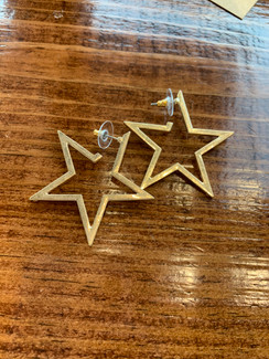 Hammered Metal Star Earring, Worn Gold