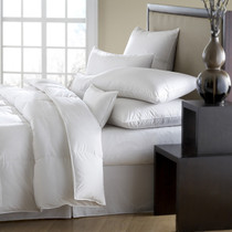 Mackenza 560 Fill Power White Down Comforter