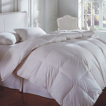 Cascada Peak 600 Fill White Down Comforter