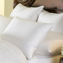 Cascada Peak 600 Fill Power White Down Pillow