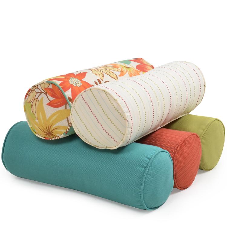 Round Toss Pillows