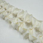 "3.5-4"" All Ivory Gator Clip Fashion Bow .27 ea"