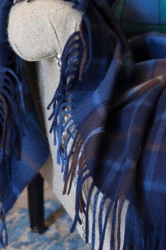 Augustus Tartan Throw In Lambswool & Angora