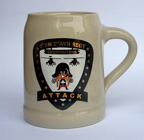 Ceramic beer mug with custom color logo