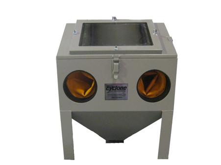 Cyclone BT20 Small Sandblasting Cabinet