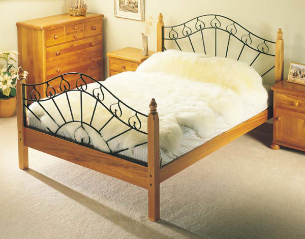 octo-sheepskin-bed-600.jpg