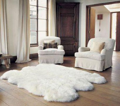 Sexto (6-pelt) Longwool Ivory Sheepskin Rug in Sitting Room