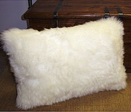 Single-sided Rectangular Pillows in Longwool Sheepskin