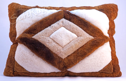 Rhombus Alpaca Fur Pillow