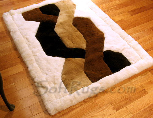 White Border Trenza Design Alpaca Rug on Wood Floor