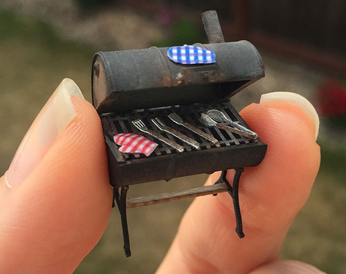 1/4 scale grilling tools