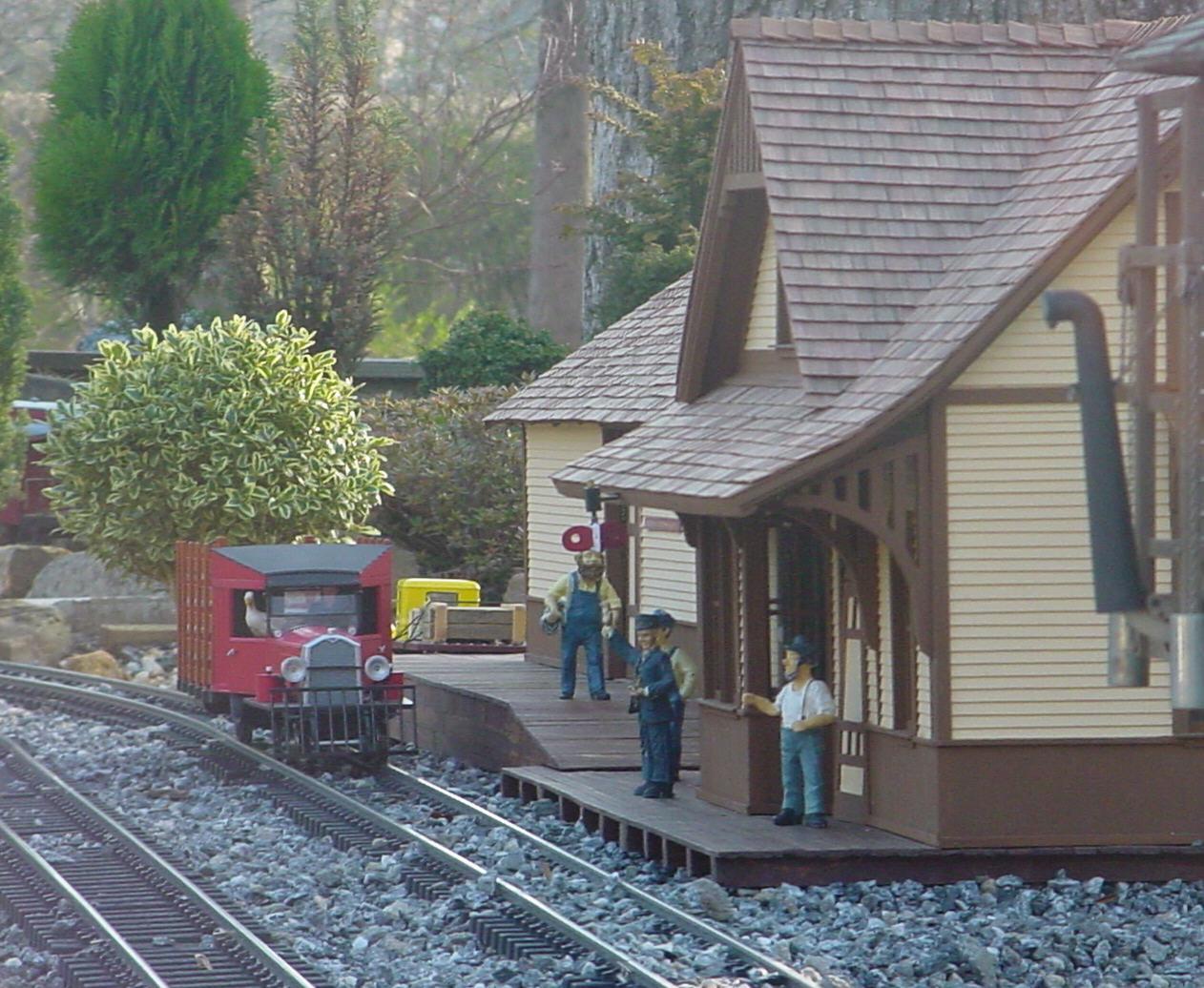 am-rico-depot-2.jpg