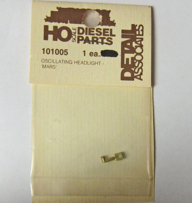 Detail Associates HO 101005 Oscillating Mars Headlight
