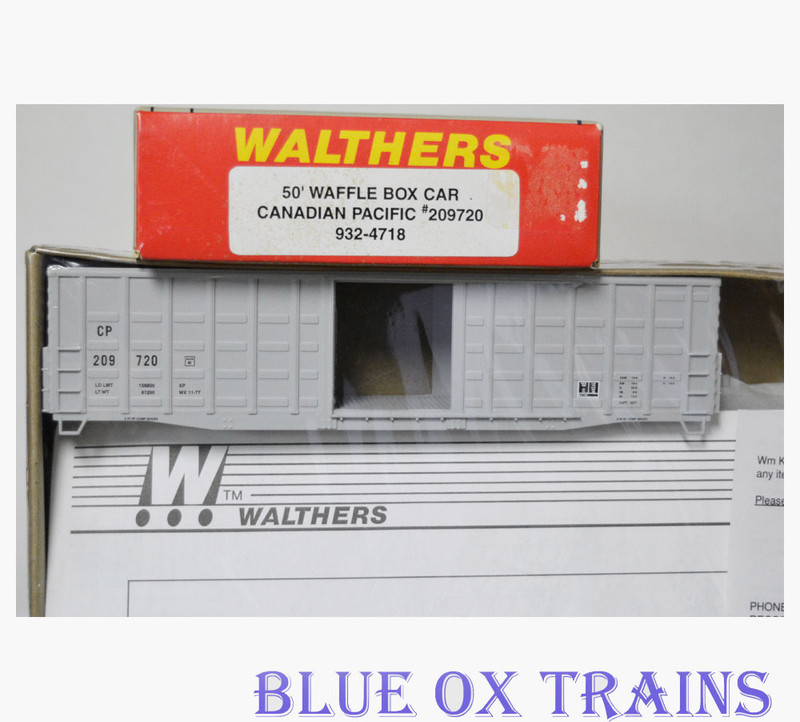 Walthers 932-4718 HO Canadian Pacific 50' Waffle Boxcar Kit CP 209720