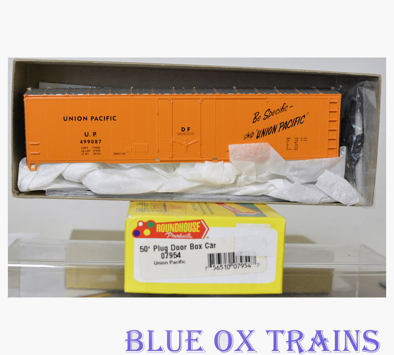 Roundhouse 7954 HO Union Pacific 50' Plug Door Box Car UP 499087 Kit