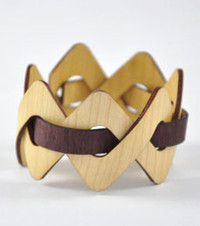 Trahlyta- Maple / Purple Heart Woven Wood Bracelet