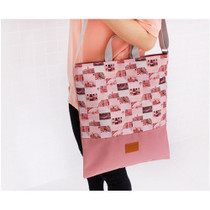 Stylish photo pattern travel square tote bag