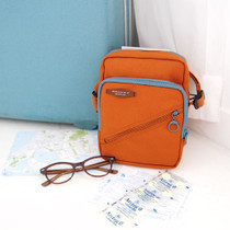 Iconic iPad mini pocket travel shoulder bag