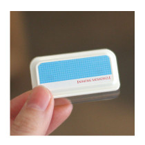 Blue memo clip holder