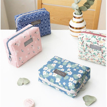 Comely pattern makeup pouch bag
