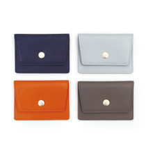 A tous moments flat card case