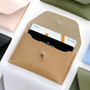 Beige - Un jour de chance slim card case holder
