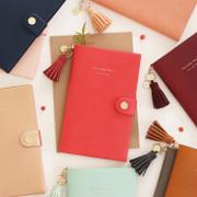 2016 Tassel medium undated diary