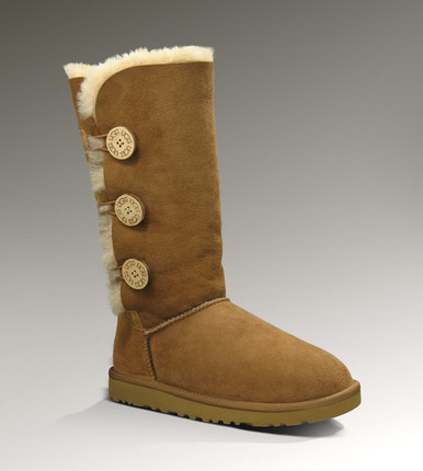 UGG® Bailey Button Triplet Chestnut Front