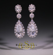 E185 Elegant Drop Earrings