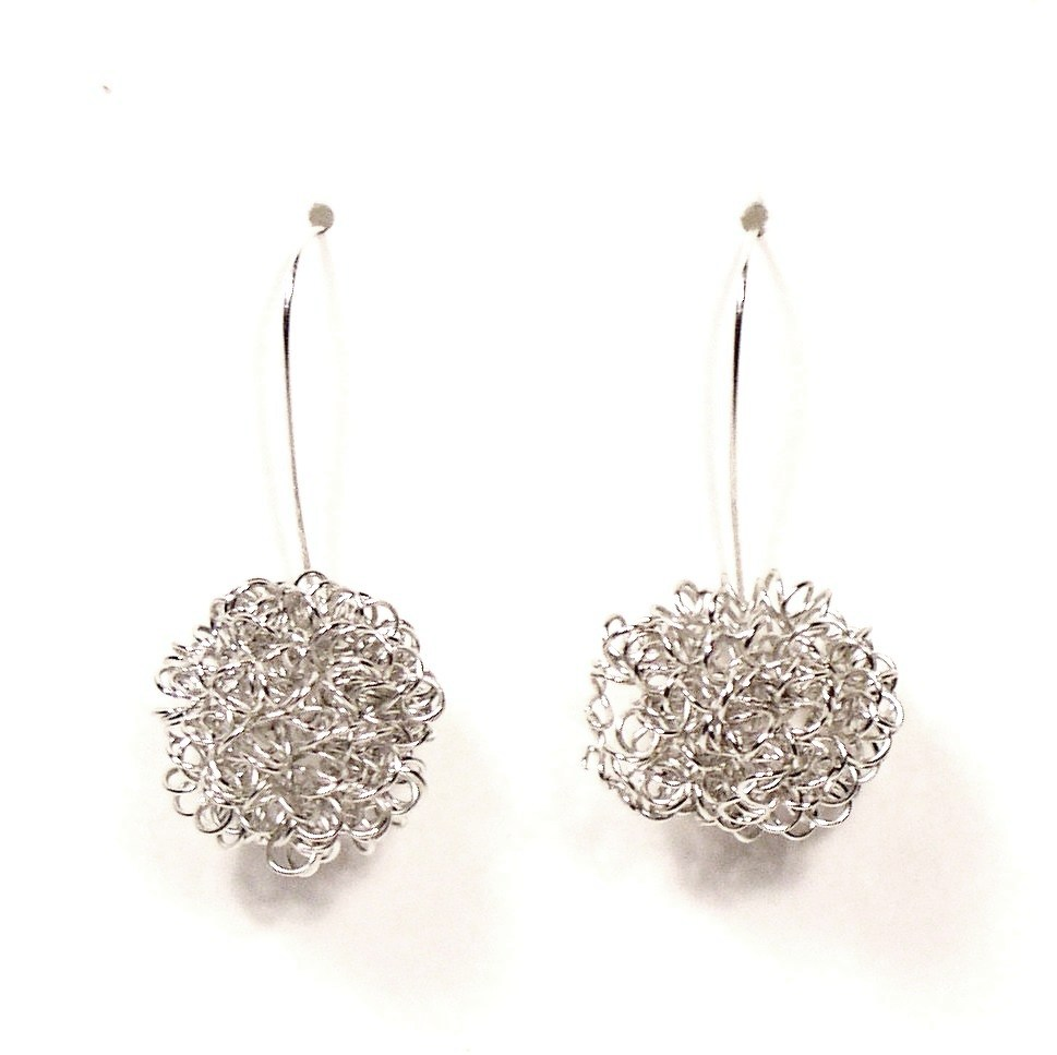 3136e-lg-silver-curly-wire-earrings.jpg