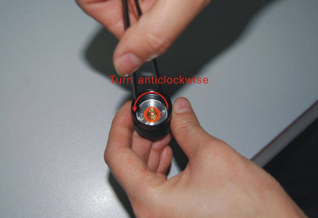screw metal ring?t=1467826404 troubleshooting your flashlight  at crackthecode.co