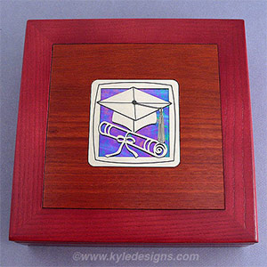 college memories keepsake box for graduate