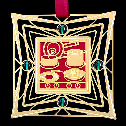 Cooking Ornament - Berry Aluminum with Gold Design