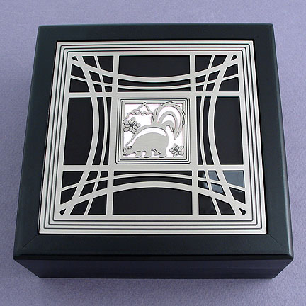 Skunk Jewelry Box - Pearl with Silver Design