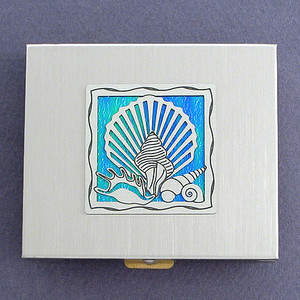 Seashell Large Vitamin Pill Holder