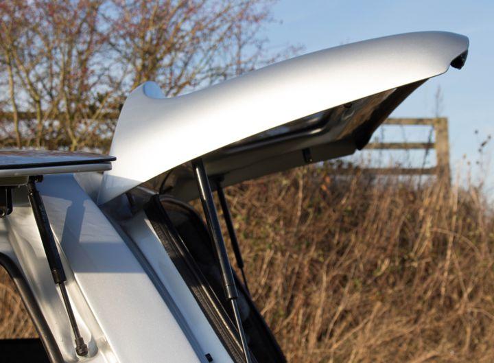 Volkswagen Amarok Hardtop with side opening windows and gas struts