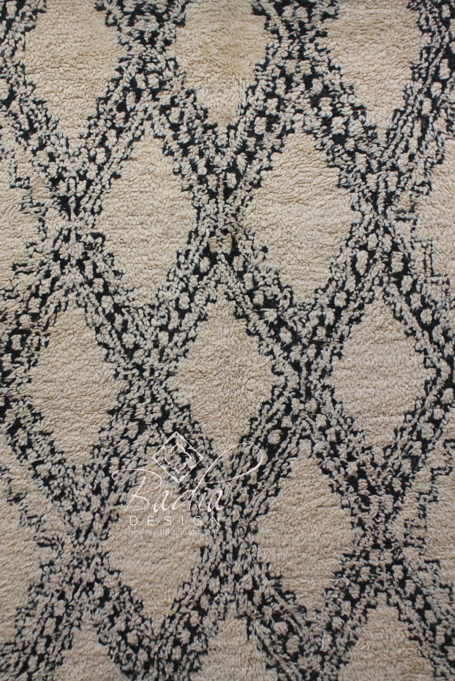beni-ourain-rugs-imported-from-morocco-r829-2.jpg