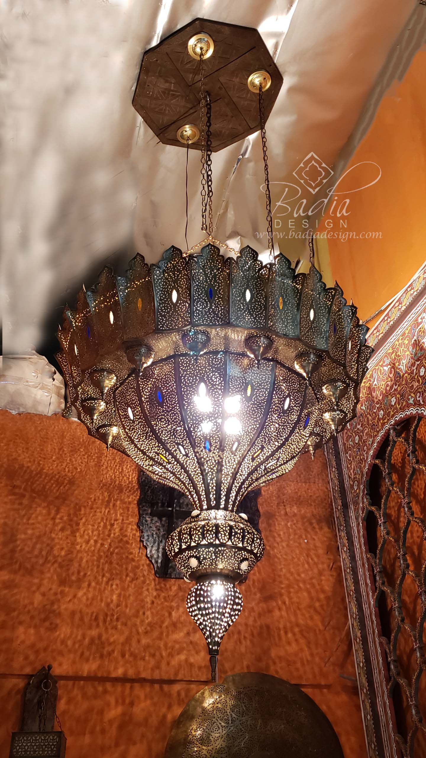 extra-large-moroccan-brass-chandelier-ch278.jpg