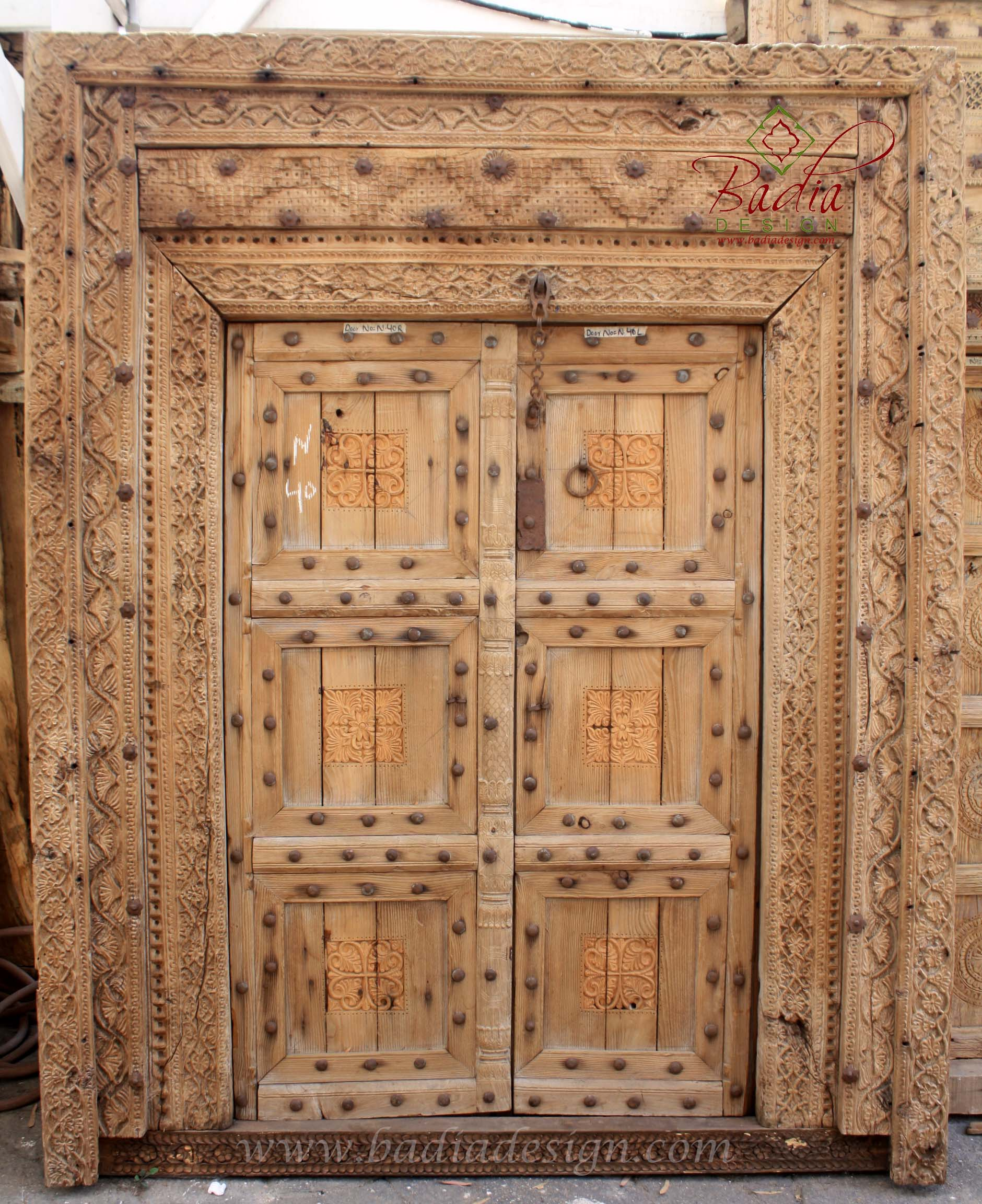 large-antique-wooden-door-cwd014.jpg