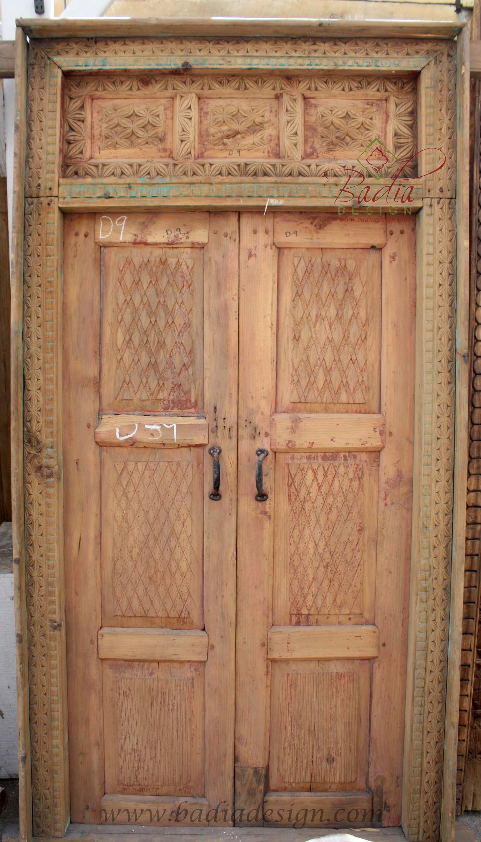 large-carved-wooden-door-cwd013.jpg