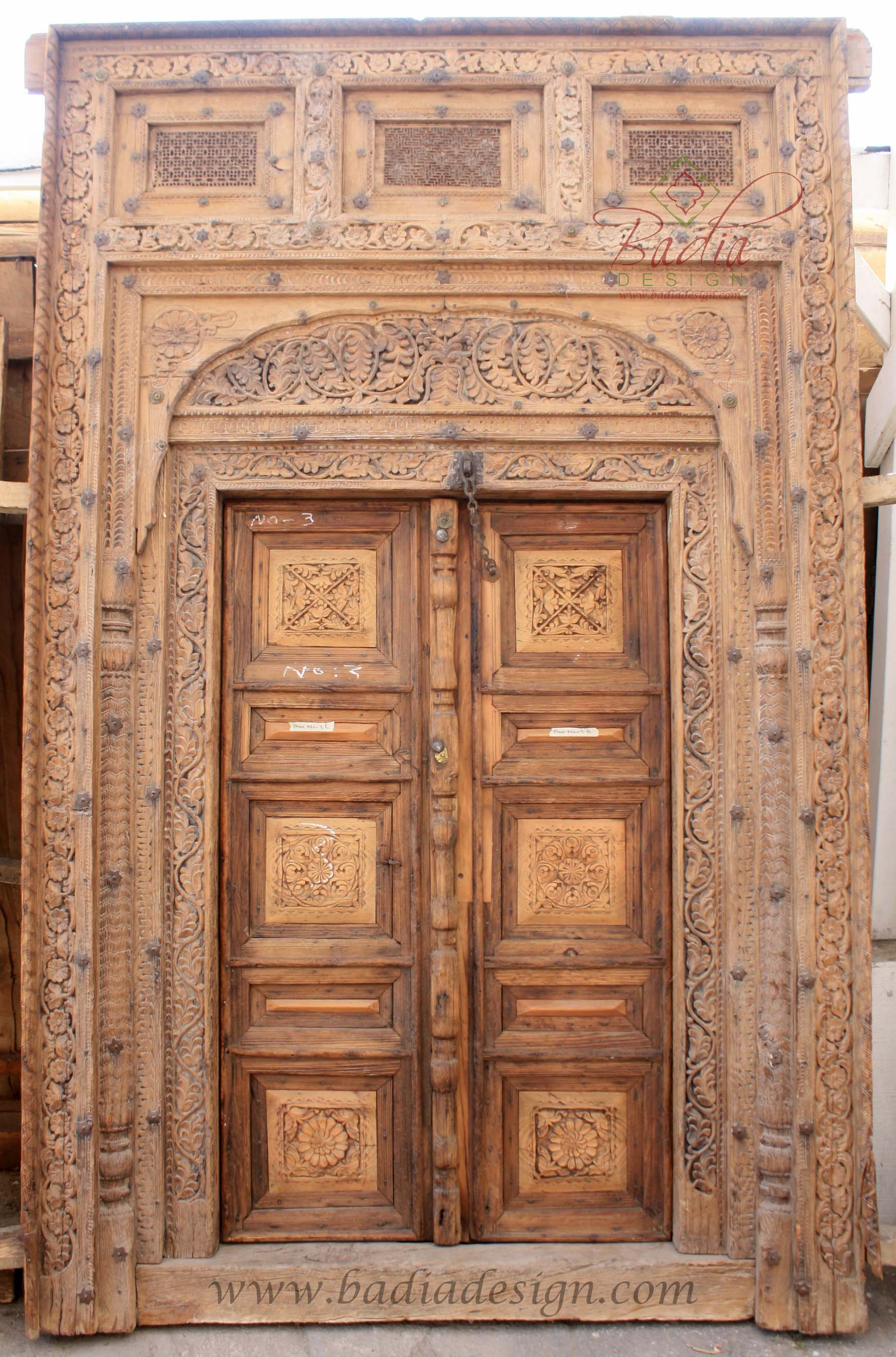 large-vintage-wooden-door-cwd012.jpg