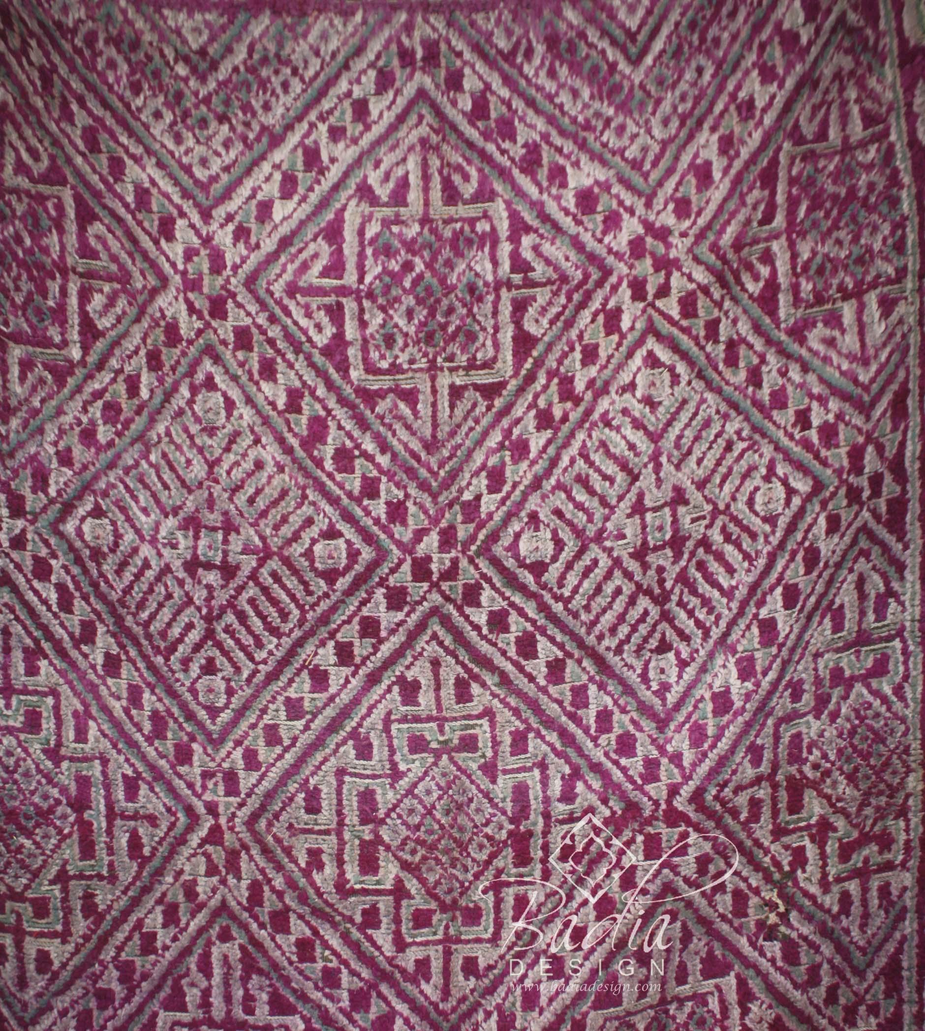 moroccan-bedroom-rugs-r705-2.jpg