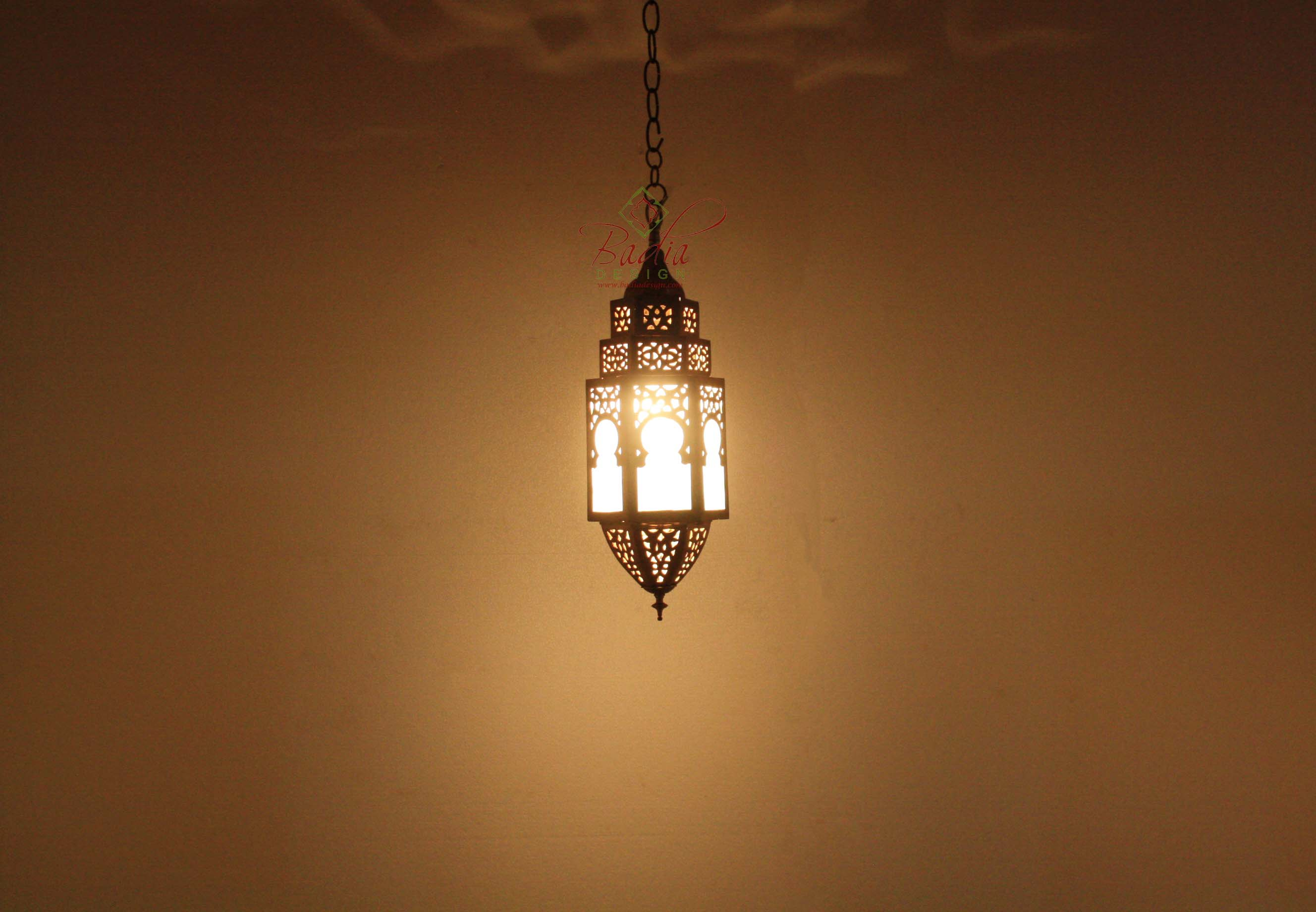 moroccan-brass-pendant-light-with-white-glass-lig349-2.jpg