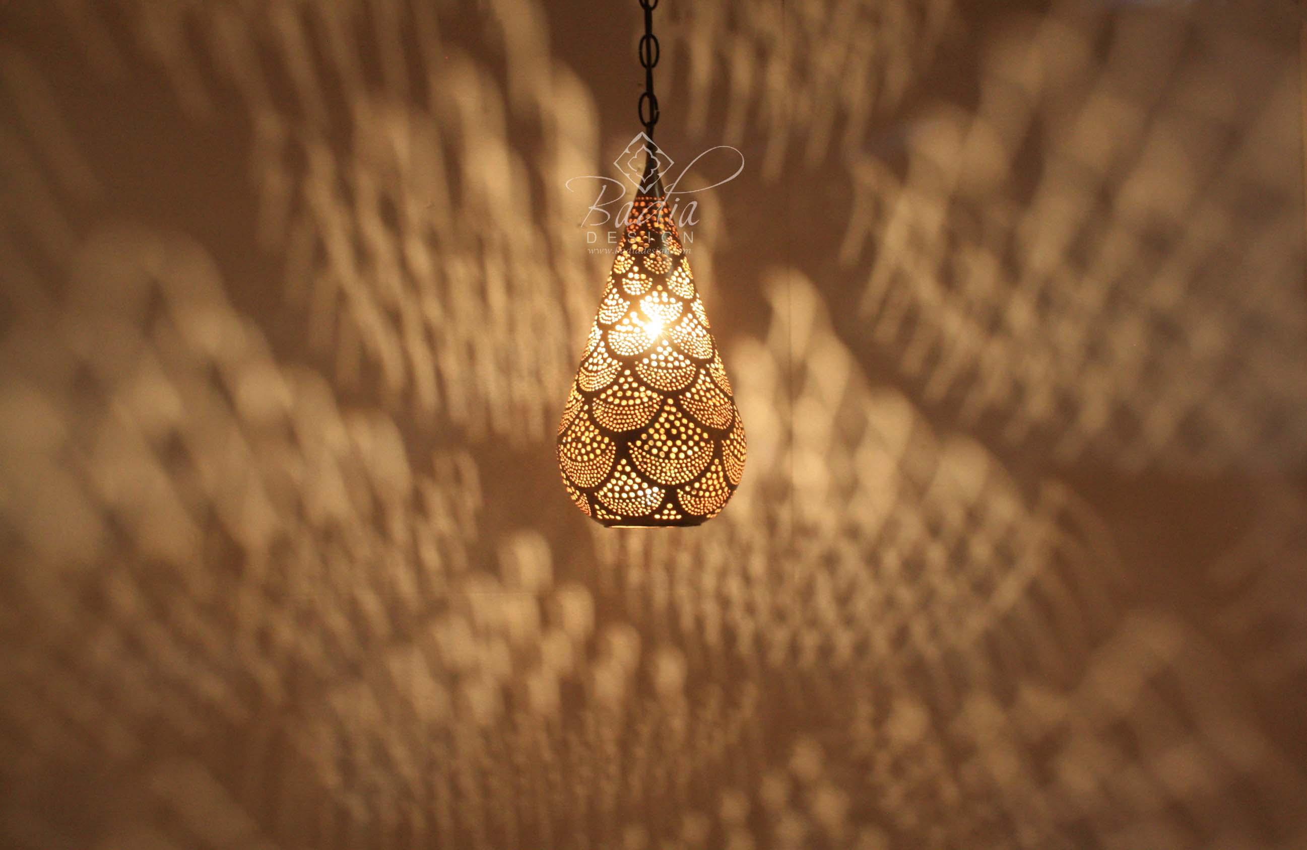 moroccan-brass-teardrop-shaped-lantern-lig369-2b.jpg